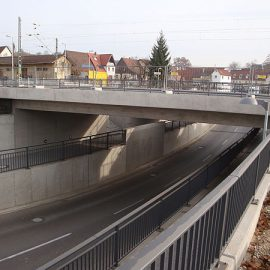 Neue Eisenbahnbrücke in Oberboihingen