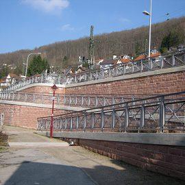 Stützwand, Rampe in Neckarsteinach